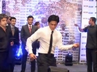 It's Shahrukh Khan Against Akshay Kumar For Kolaveri Di -  Bollywood news